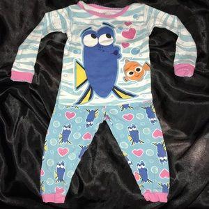 Dory two piece pajama set girls size 2T